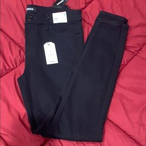 NWT express black legging / jegging mid rise